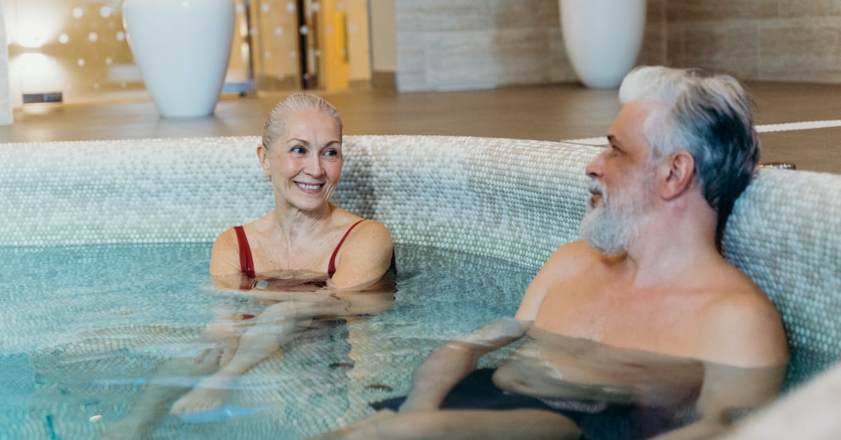 Blood Pressure and Hot Tubs: Benefits and Risks